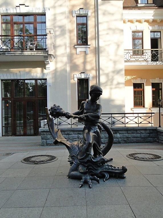 Киевский театр кукол. Схватка Котигорошко со Змеем