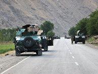 Афганские солдаты недалеко от города Бадахшан