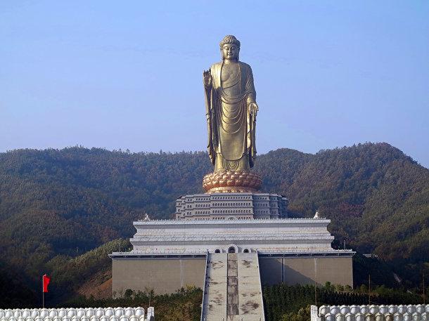 Чжунъюаньский Будда, Хэнань, Китай