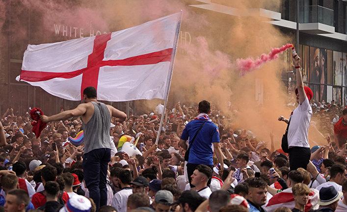 Британские болельщики устроили беспорядки в Лондоне