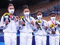 Американские спортсменки, завоевавшие серебрянные медали в командном многоборье среди женщин