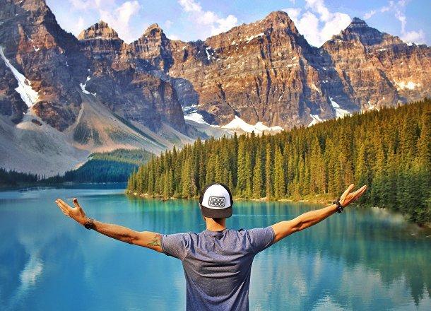 Озеро в Канаде